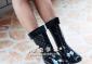 批发供应出口韩国时尚中筒雨靴 女鞋 冷暖两用 黑粉点